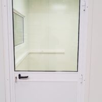 Enkele aluminum deur - half glas